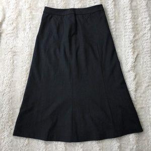 St.John sport Sz 4 simple grey long skirt